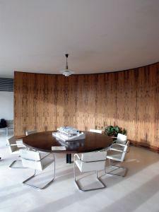 bauhaus stil m bel design und innenarchitektur. Black Bedroom Furniture Sets. Home Design Ideas